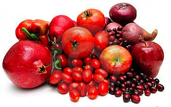 Los beneficios de comer fruta de color rojo